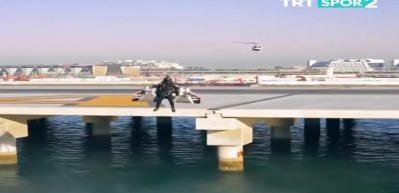Jet adam 1800 metreye yükseldi