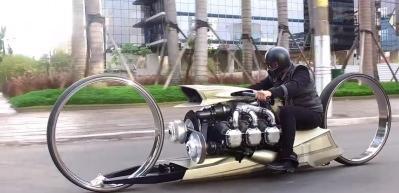 Rolls-Royce uçak motorundan motosiklet yaptı! TMC Dumont