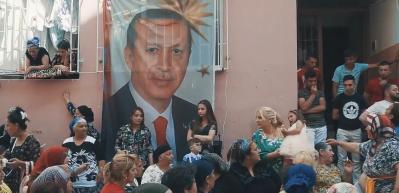 Roman vatandaşlardan Erdoğan'a bayram hediyesi