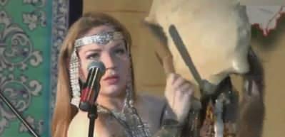Rus kadının yaptığı ilginç müzik hayrete düşürüyor