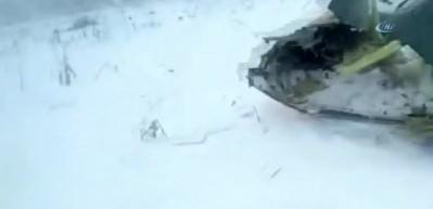 Rus yolcu uçağı Moskova yakınlarına düştü