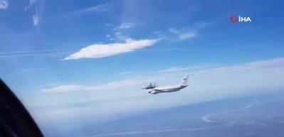 Rusya Savunma Bakanı Şoygu'nun uçağına jetler eşlik etti