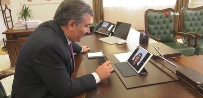 Sağlık Bakanı Koca'dan Dr. Dilek Gürsoy'a tebrik