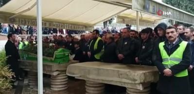 'Sahte peygamber' İskender Erol Evrenosoğlu, toprağa verildi