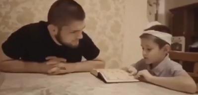 Şampiyon boksör Khabib'den çocuklara Kur'an dersi