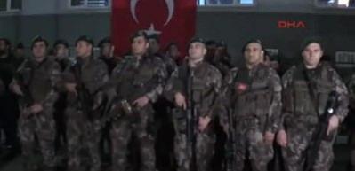 Samsun'dan PÖH timi, 'Zeytin Dalı Harekatı' için uğurlandı
