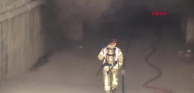 Sancaktepe'de iş yeri yandı
