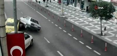 Şanlıurfa'daki zincirleme kaza anı güvenlik kamerasında
