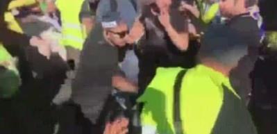 Sarı Yelekliler İsrail'de polisle birbirine girdi!