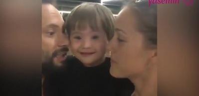 Şarkıcı Özgün'ün oğlu Ediz İngilizce öğreniyor!