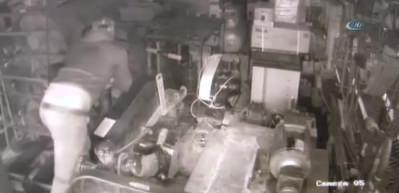 Servisten 150 bin liralık makineyi çaldılar