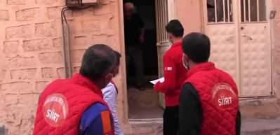Siirtli amcadan Kızılay görevlilerine sıcak karşılama