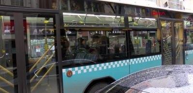 Şişli'de halk otobüsünde alarm! Birbir üstlerini aradılar