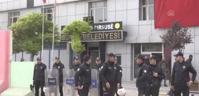 SON DAKİKA! Suruç Belediye Başkanı Hatice Çevik gözaltına alındı (VİDEO)