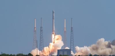 SpaceX 7, uydu fırlattı