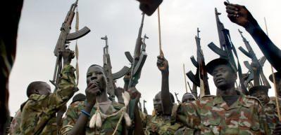 Sudan'da çatışma! Hartum Havaalanı'nda uçuşlar iptal