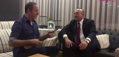 Sümer Ezgü Çavuşoğlu'na Yörük türküleri söyledi