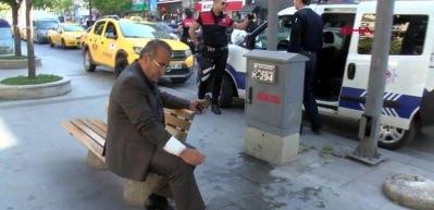 Taksi sürücüsü tartıştığı vatandaşı bıçakladı