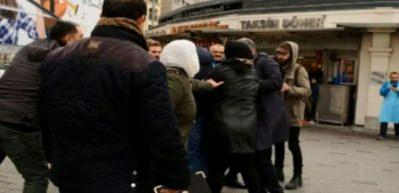 Taksici ile İranlı ailenin meydan kavgası!