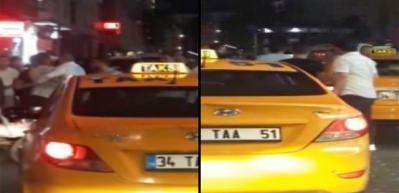 Taksiciler Arap turistlere saldırdı! O anlar kamerada