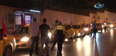 Taksicilerden ABD protestosu