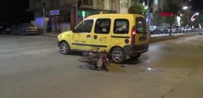 Taksiyle çarpışan motosikletin sürücüsü öldü