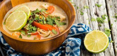Tayland usulü tavuk yemeği tarifi