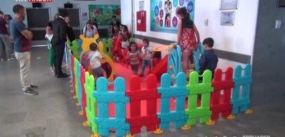 Tekirdağ'da çocuklar ameliyata akülü arabayla gidiyor