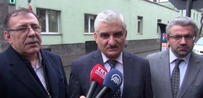 Terör örgütü yandaşları Köln'de camiye Berlin'de restorana saldırdı