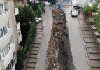 İstanbul'da yoğun yağış sonrası çöken yol havadan görüntülendi