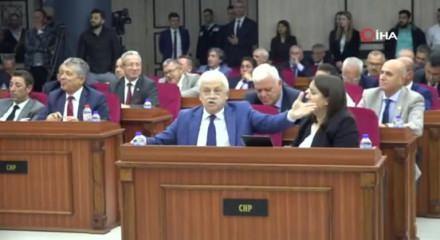 Büyükşehir Belediye Meclisi Encümen Üyeliği seçimlerinde arbede