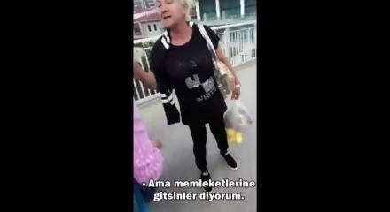 Tesettürlü kadınlara sokak ortasında mahalle baskısı! ile ilgili görsel sonucu