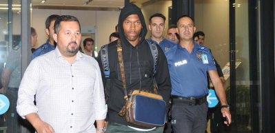 Trabzonspor'un yeni yıldızı İstanbul'a geldi