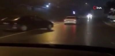 Trafikte ikili maganda terörü kamerada!