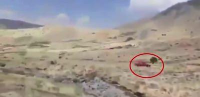 Türk savaş uçaklarından kaçan PKK'lıları köylüler döverek çıkardı