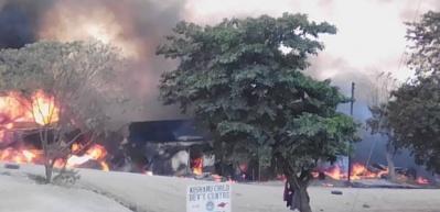 Uganda'da akaryakıt tankeri patladı: 10 ölü