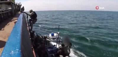 Ukrayna'dan Rus gemilerini ele geçirme tatbikatı