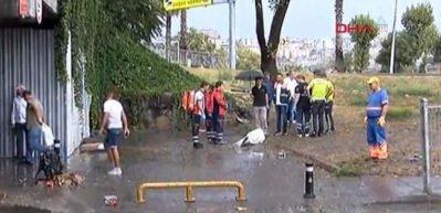 Unkapanı köprü altında biriken sudan bir kişinin cesedi çıkarıldı