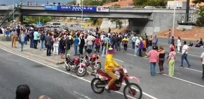 Venezuela muhalefetinin elektrik kesintisi protestosu