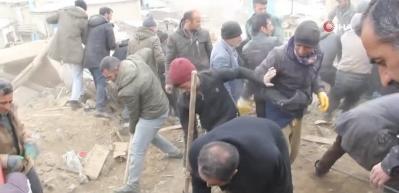 İran depremi Van'ı vurdu: 3'ü çocuk 7 ölü