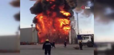 Yalova'da tersaneler bölgesinde büyük yangın