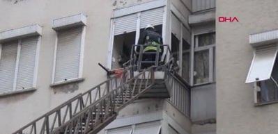 Yaşlı kadın,tek başına yaşadığı evde yaralı bulundu