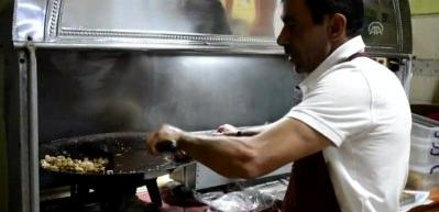 Yedi saniyede pişen lezzet: Gölhisar kavurması