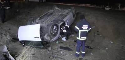 Yozgat'ta iki otomobil çarpıştı: 2'si polis 4 kişi yaralı