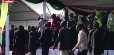 Zimbabve'de Devlet Başkanı'na suikast girişimi
