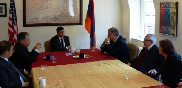 Demirtaş'ın Ermeni lobisiyle flörtü belgelendi