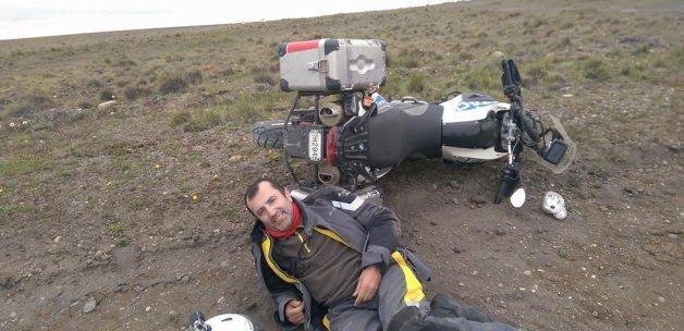 Motosiklet tutkunu Başbay, Güney Amerika turunda kaza yaptı
