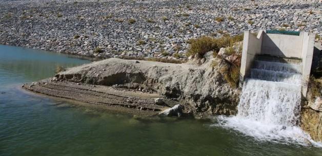 Kıbrıs'ta anlaşılamadı, asrın suyu denize akıyor