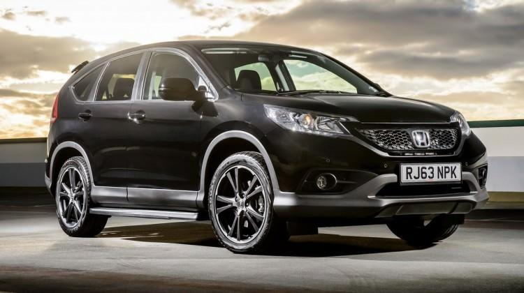 Honda CR-V siyaha büründü