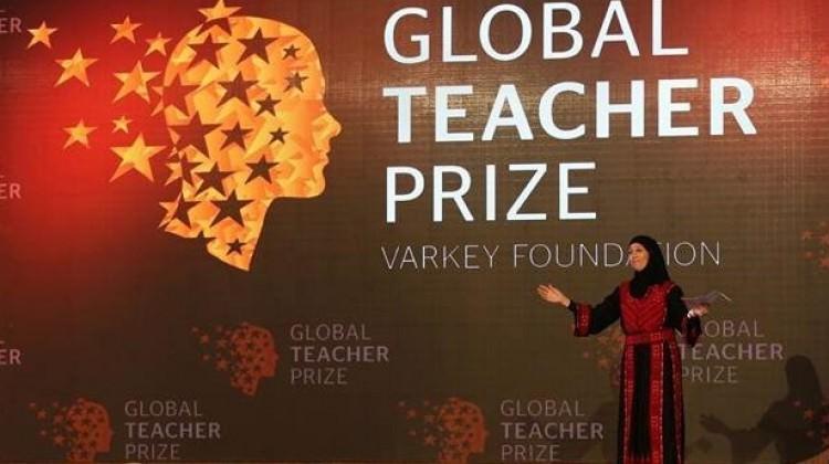 Dünyanın en iyi öğretmeni Filistinli